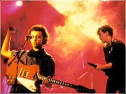 Everybody Wants To Rule The World -- TEARS FOR FEARS